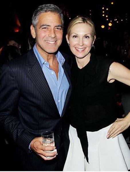Kelly Rutherford & George Clooney Ee312