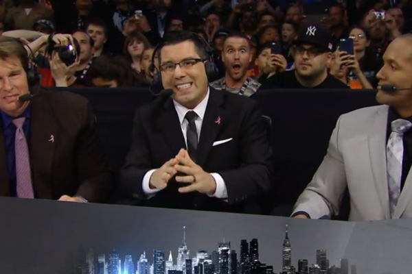 "[Résultats] WWE ""Live from the Madison Square Garden"" du 03/10/2015 0isdzj10"