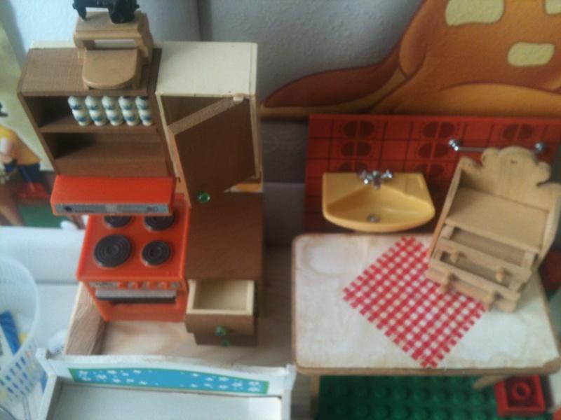 Maison Lundby et autres maisons de poupées de Lilas et Marie... Img_2518