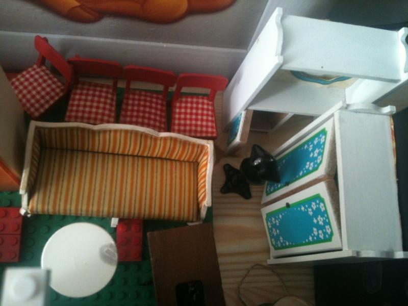 Maison Lundby et autres maisons de poupées de Lilas et Marie... Img_2520