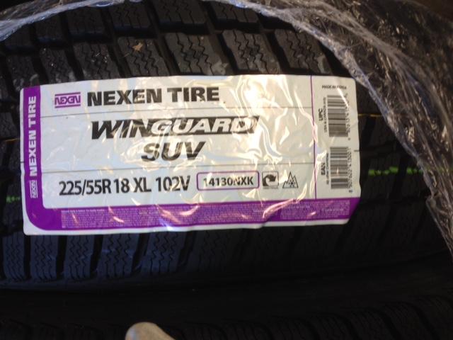 Dunlop SP WINTER SPORT 4D 225/55 R18 102H XL Img_4224