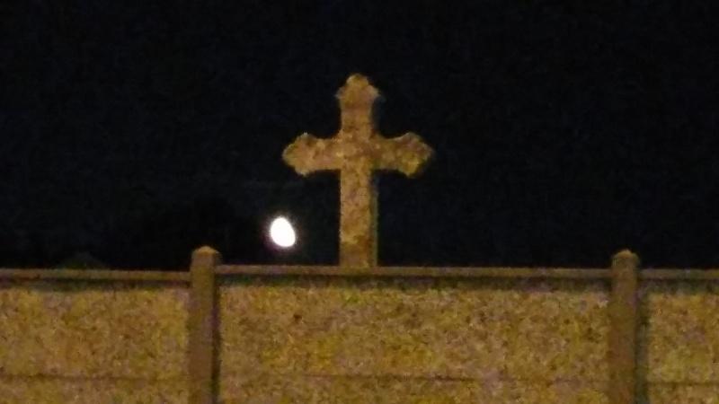 C'est la pleine lune :)  20150810