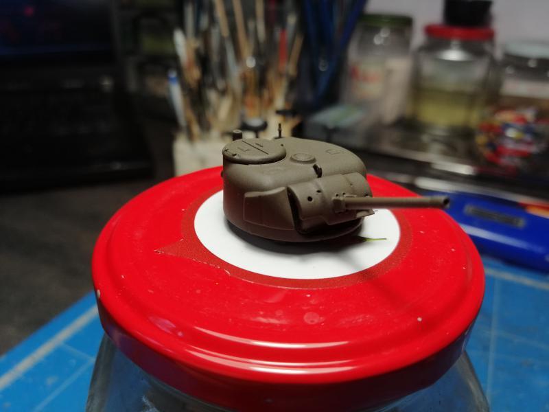 Sherman M4 Heller 1/72 FINI!!!!! avec son socle 1058