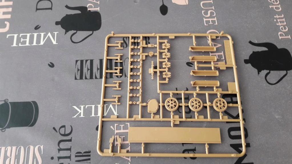 Ouvre boite AMX 30/105 de chez Heller au 1/35ème 1133