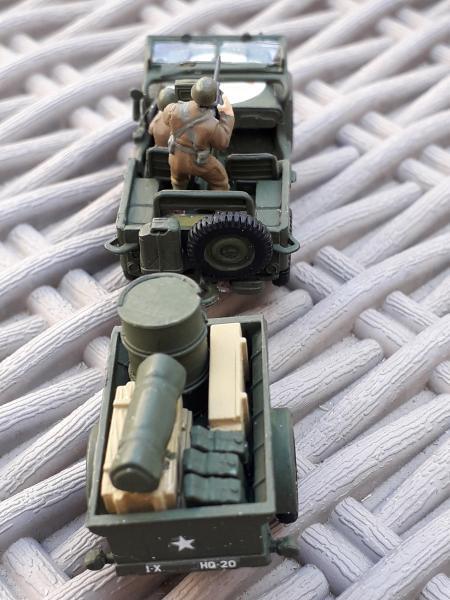 Jeep US 1/72 elle est finie!!!! - Page 2 1210