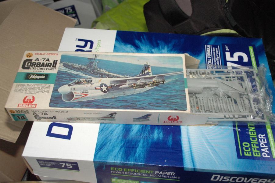 A-7A Corsair 2 1/72 137