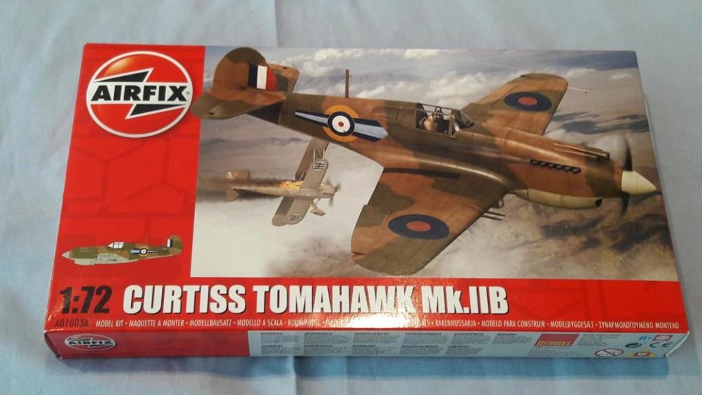 Ouvre boite Curtis Tomahawk Mk.IIB 1/72 de chez Airfix 141