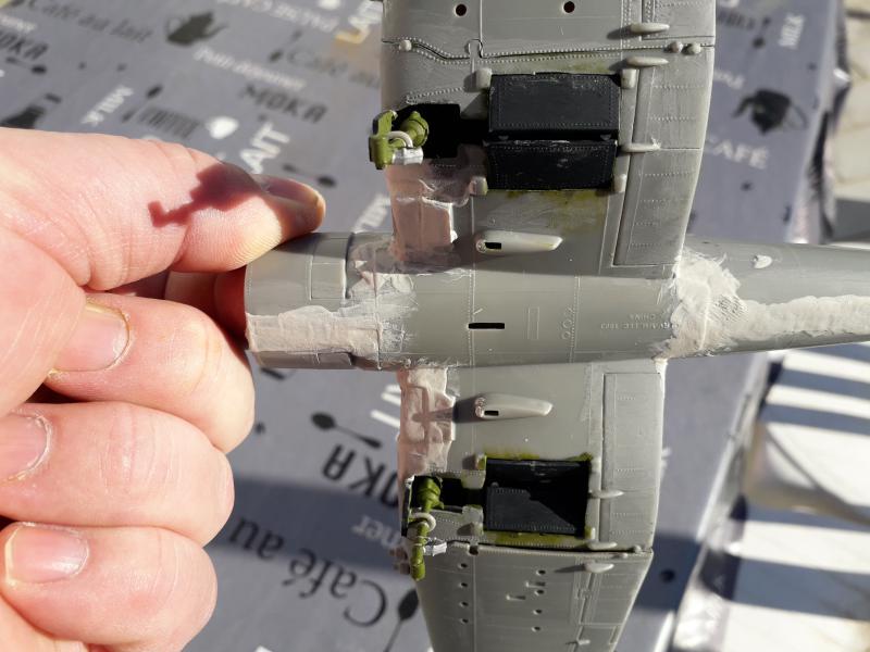F4U-4 Corsair FINI !!!!!!!!! - Page 2 1611