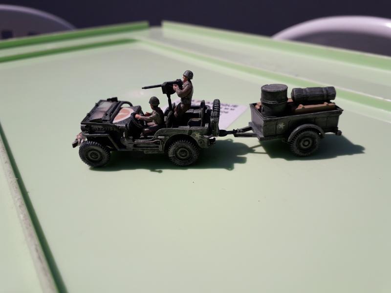 Jeep US 1/72 elle est finie!!!! - Page 2 1810