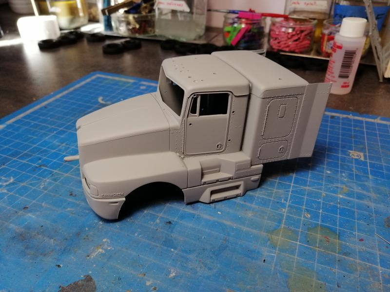 Kenworth Truck AC/DC REVELL 1/32 186