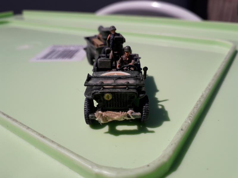 Jeep US 1/72 elle est finie!!!! - Page 2 1910