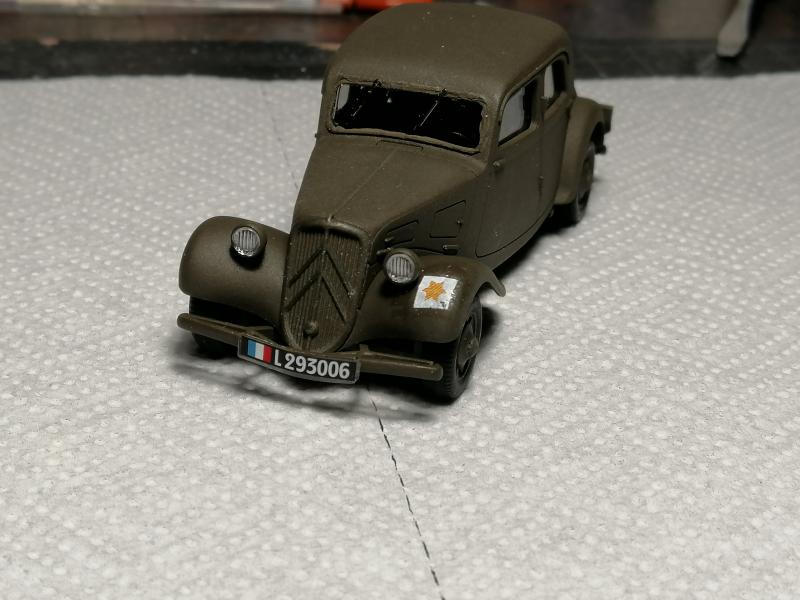 Traction 11cv 1/48 de Tamiya FINI !!!!!!!!!!!!!!!!!!!!!!!!! 1945