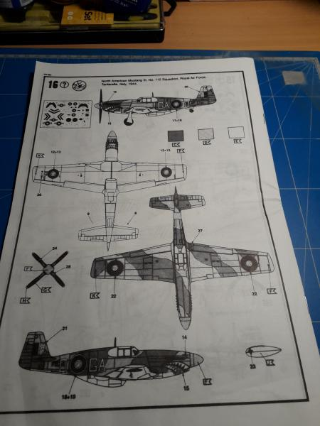 Ouvre-boite: P-51B Mustang de chez Revell 222