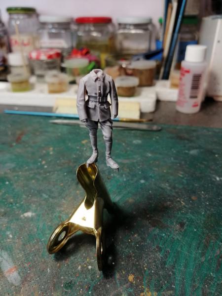 Question couleurs pour ces figurines WW2 2226