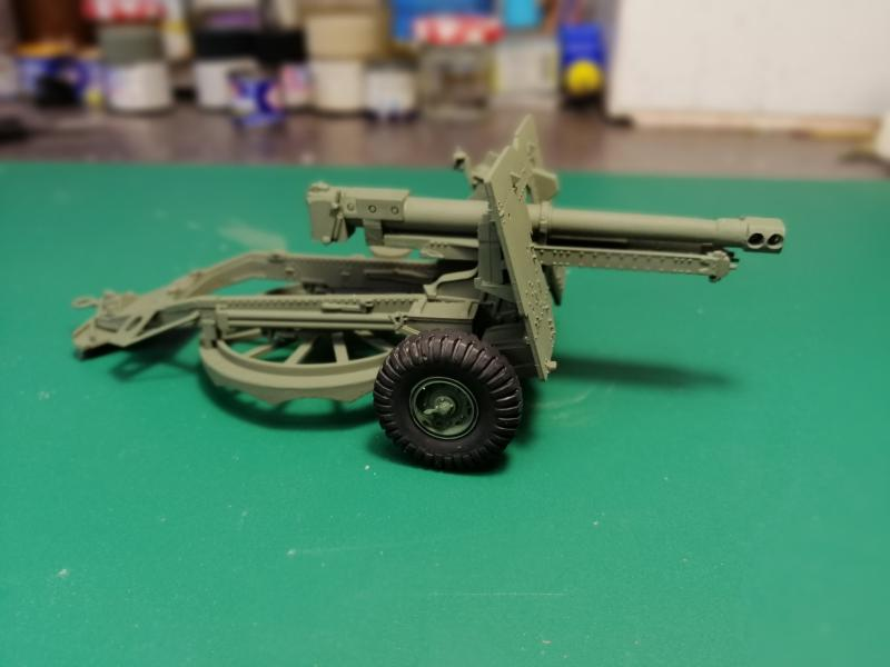 British 25 PDR. Field Gun & Quag Gun Tractor Canadian Ford F.G.T. Tamiya  1/35 2241