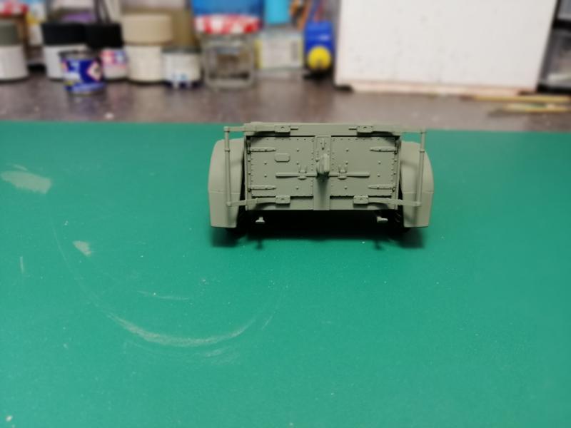 British 25 PDR. Field Gun & Quag Gun Tractor Canadian Ford F.G.T. Tamiya  1/35 2739