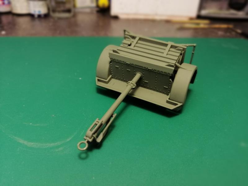 British 25 PDR. Field Gun & Quag Gun Tractor Canadian Ford F.G.T. Tamiya  1/35 2839