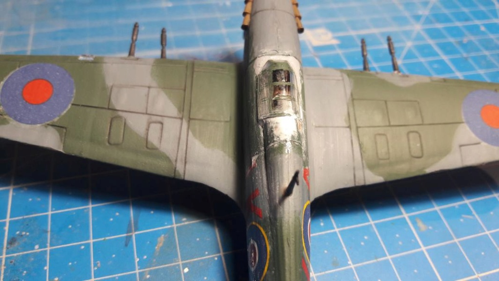 PK -11 Hawlker Hurricane IIC 1/72 Matchbox FINI!!!!!!! - Page 2 3314