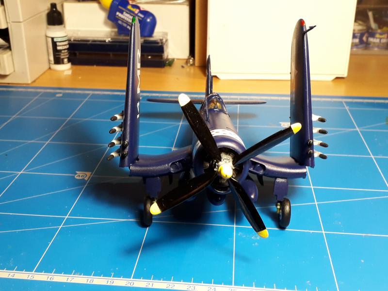 F4U-4 Corsair FINI !!!!!!!!! - Page 3 3411