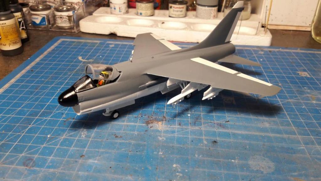 A-7A Corsair 2 1/72 clap de fin !!!!!!!! - Page 2 3419