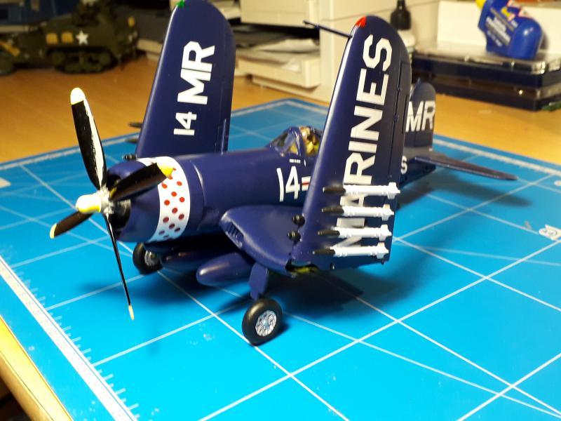 F4U-4 Corsair FINI !!!!!!!!! - Page 3 3511