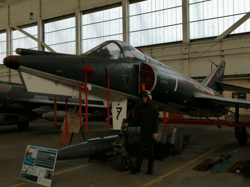visite du petit musée de l'aéronaval de Rochefort 361
