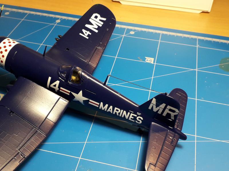F4U-4 Corsair FINI !!!!!!!!! - Page 3 3710