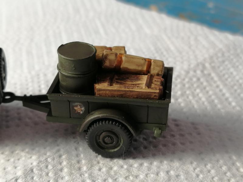 Jeep Heller de la boite à rabiot 1/72 FINI!!!!!!!!!! 393
