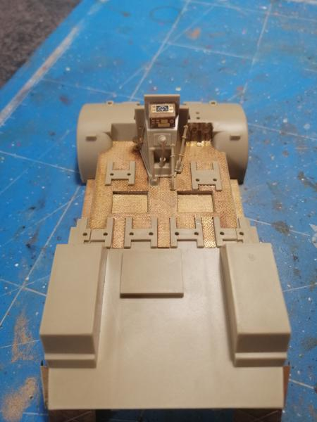 British 25 PDR. Field Gun & Quag Gun Tractor Canadian Ford F.G.T. Tamiya  1/35 - Page 2 3932
