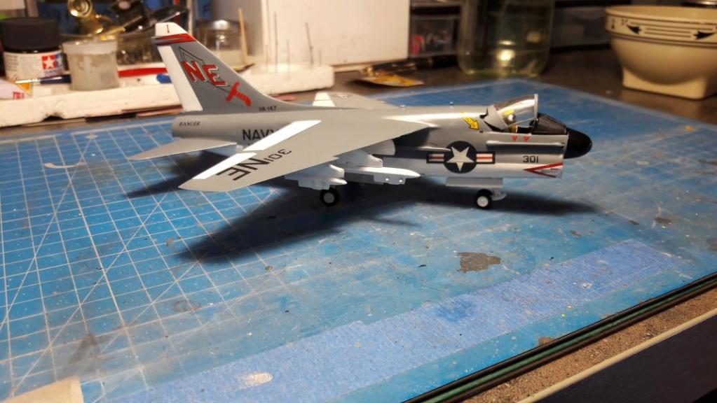 A-7A Corsair 2 1/72 clap de fin !!!!!!!! - Page 2 4017