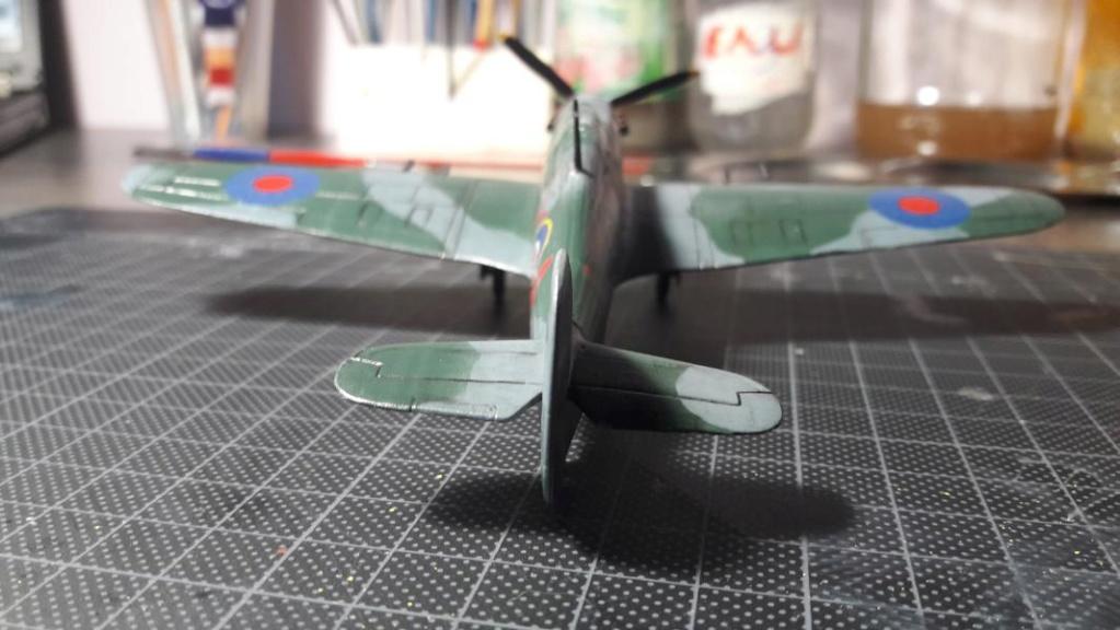 PK -11 Hawlker Hurricane IIC 1/72 Matchbox FINI!!!!!!! - Page 2 4110