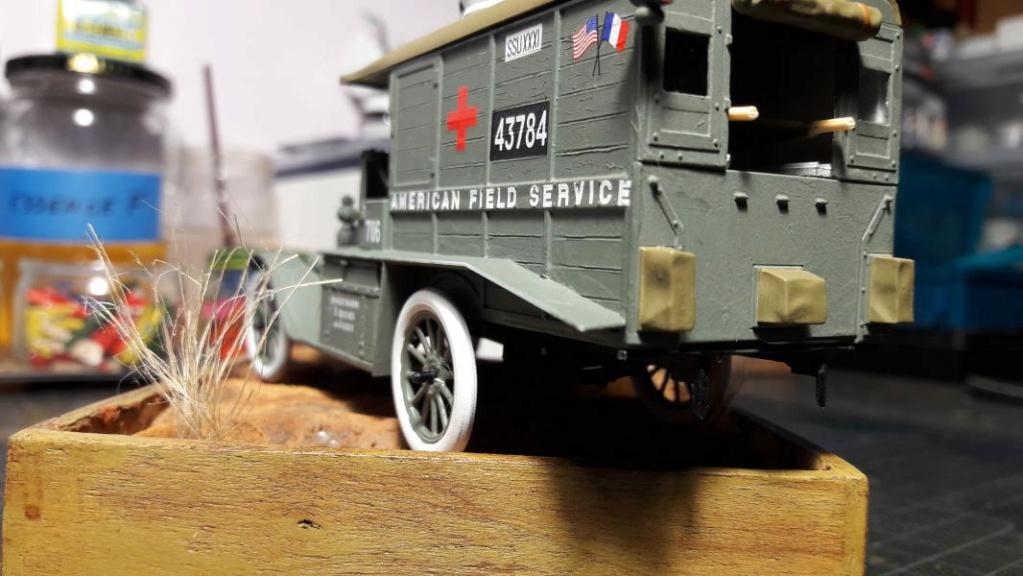 Fil rouge 2019 : Model T ambulance 1917 1/35 de chez ICM *** Terminé en pg 3 - Page 2 4111