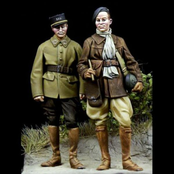 Question couleurs pour ces figurines WW2 4119