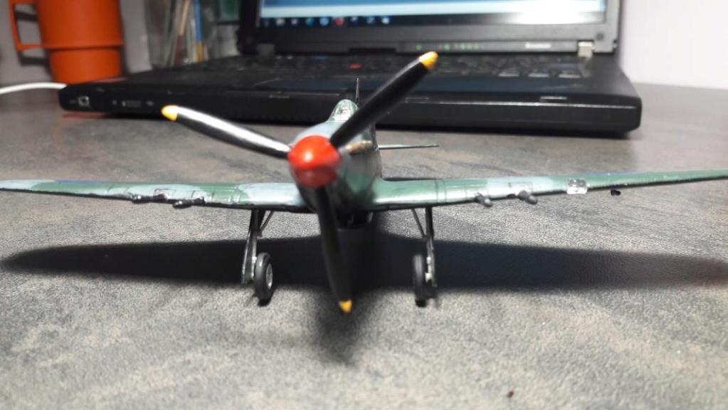 PK -11 Hawlker Hurricane IIC 1/72 Matchbox FINI!!!!!!! - Page 2 4211
