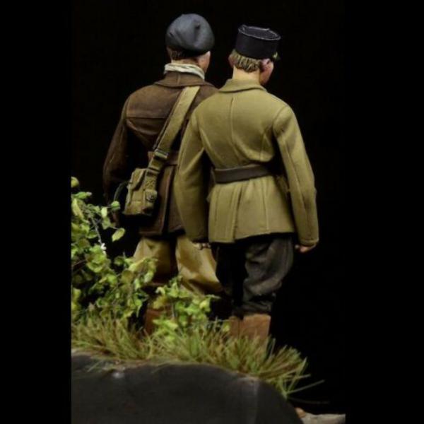 Question couleurs pour ces figurines WW2 4220