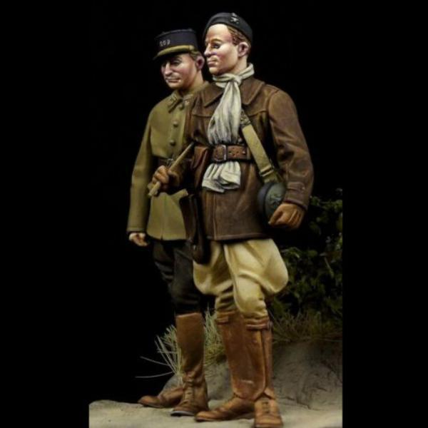 Question couleurs pour ces figurines WW2 4318