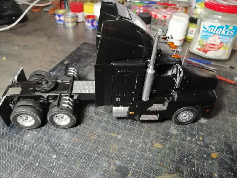 Kenworth Truck AC/DC REVELL 1/32 - Page 2 4722