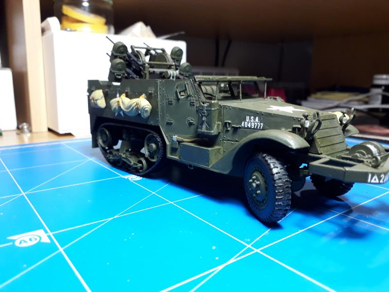 U.S. Multiple Gun Motor Carriage M16 1/35 Tamiya  FINI !!!!!!!! 5010