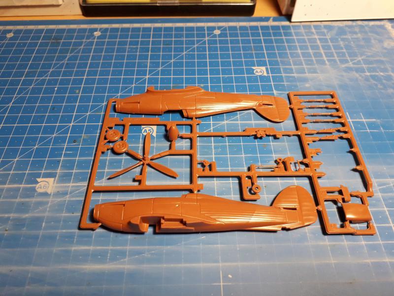 PK -11 Hawlker Hurricane IIC 1/72 Matchbox FINI!!!!!!! 520