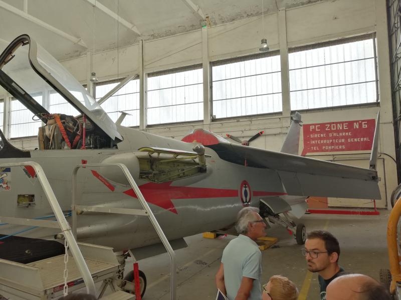 visite du petit musée de l'aéronaval de Rochefort 560