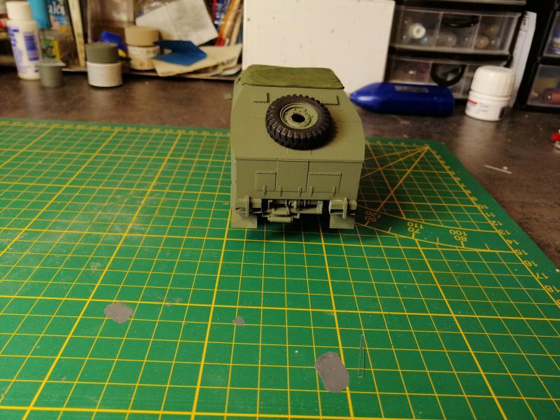 British 25 PDR. Field Gun & Quag Gun Tractor Canadian Ford F.G.T. Tamiya  1/35 - Page 3 6118