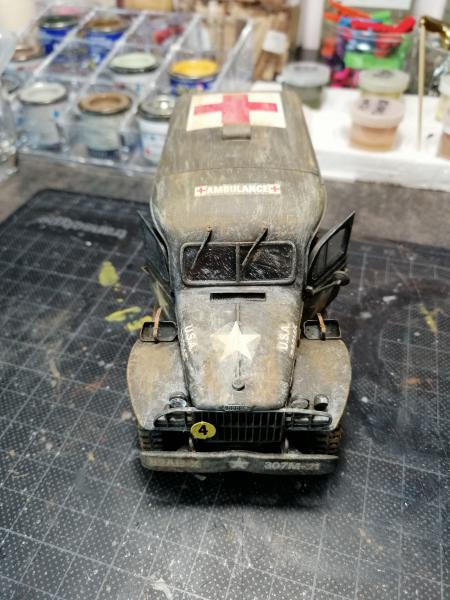 Dodge ambulance WC 54 1/35 Italier iVraiment FINI !!!!!!  - Page 5 6413