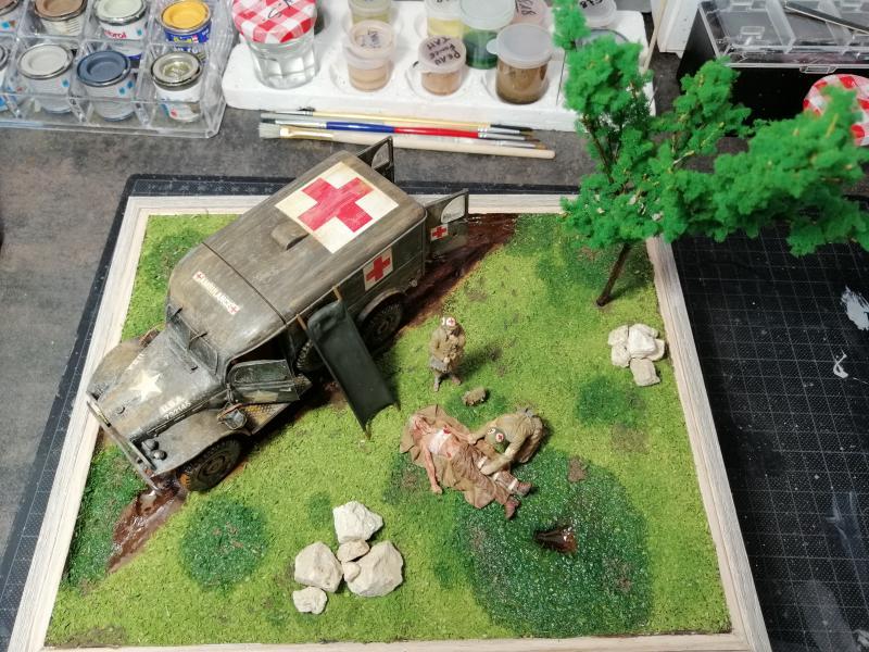 Dodge ambulance WC 54 1/35 Italier iVraiment FINI !!!!!!  - Page 5 7611
