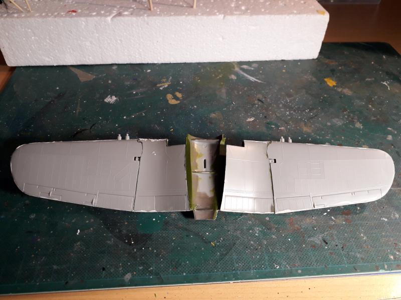 F4U-4 Corsair FINI !!!!!!!!! - Page 2 911