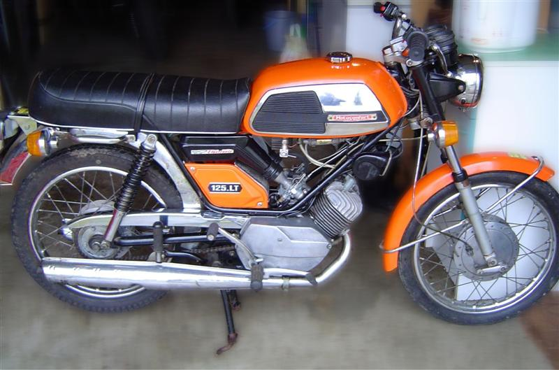 Restauration of motobecane lt 125 in italy! only english thanks! Lt-a10