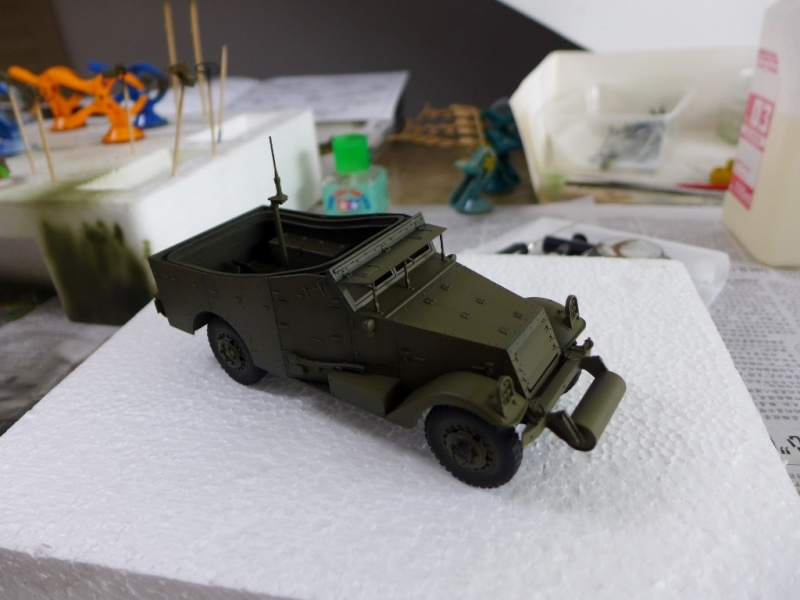 "M3A1 ""White Scout Car"" von HobbyBoss P1040242"
