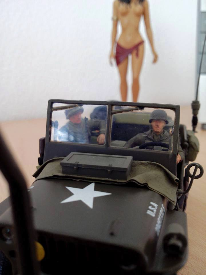 jeep MB .base new ray en zamac .1/32. 11215110