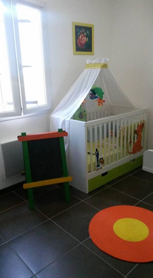 Arrivée de bébé dans le monde de Disney (déco chambre, faire part, idées baptême, vêtements ...) - Page 3 11951710