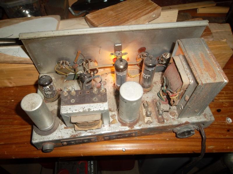 besoin d'aide : transformer un vieil ampli à lampe en ampli guitare Sam_1217