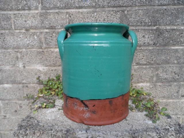 Terracotta glazed jar 001_6410
